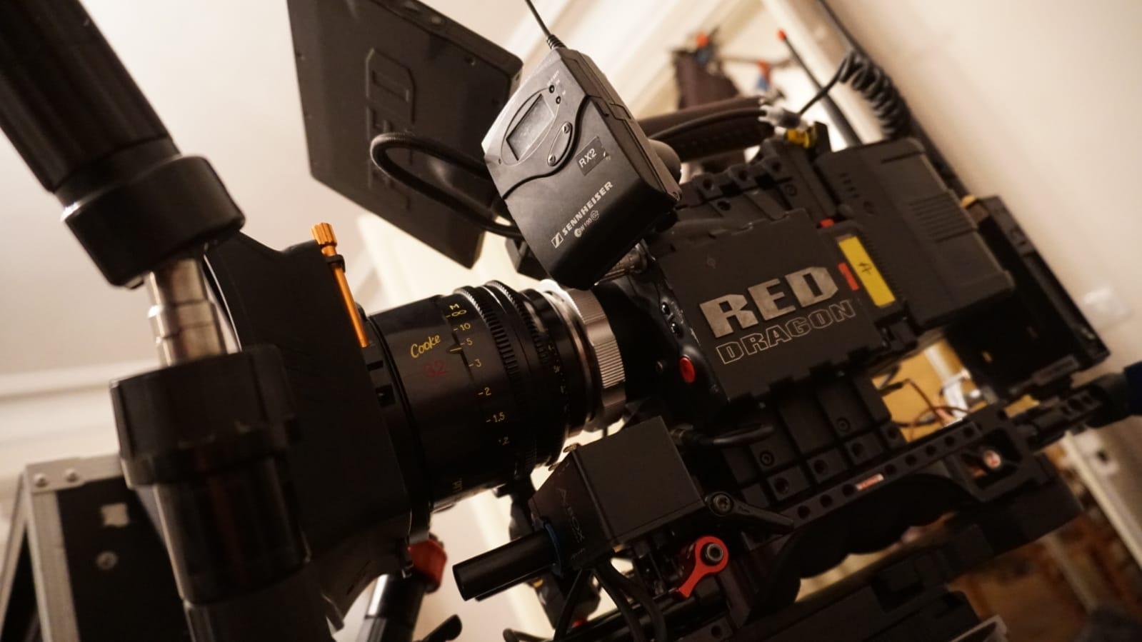 film-du-mois-leclerc-lux-camera-red